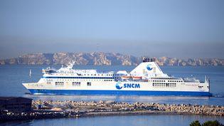 Un navire de la SNCM, à Marseille, le 3 juin 2015. (GERARD BOTTINO / CITIZENSIDE.COM / AFP)