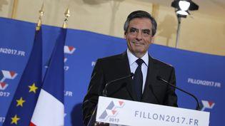 François Fillon lors de son discours après sa large victoire à la primaire de la droite, à la Maison de la chimie, à Paris, le 27 novembre2016. (THOMAS SAMSON / AFP)