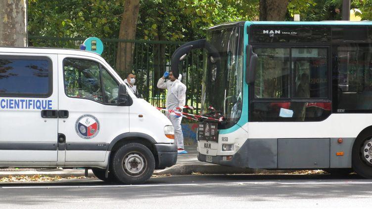 L'homme de 30 ans, suspecté d'avoir poignardé mortellement le passager d'un bus à Parisle 8 août a étéplacé en garde à vue. (BENOIT HASSE / MAXPPP)