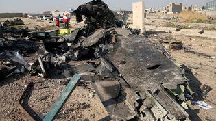 La carcasse du Boeing 737 ukrainien qui s'est écrasé le 8 janvier 2020 près de Téhéran (Iran). (FATEMEH BAHRAMI / ANADOLU AGENCY / AFP)