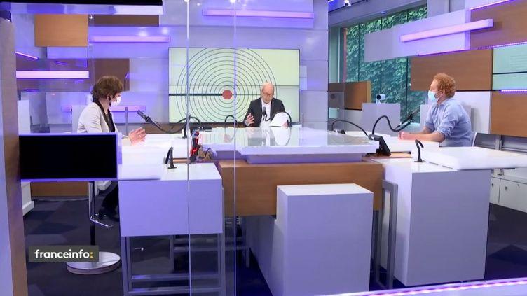 Air France et le bitcoin au programme des débats de l'éco, le 21 février 2021 (FRANCEINFO / RADIO FRANCE)
