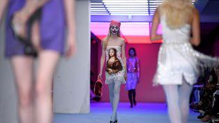 Le défilé Ashley Williams automne-hiver 2020-21, à la Fashion Week Londres le 14 février 2020 (DANIEL LEAL-OLIVAS / AFP)