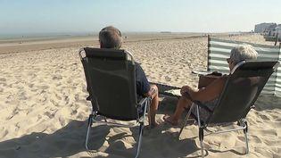 Météo : des températures estivales et un air de vacances sur les plages du nord. (FRANCE 2)