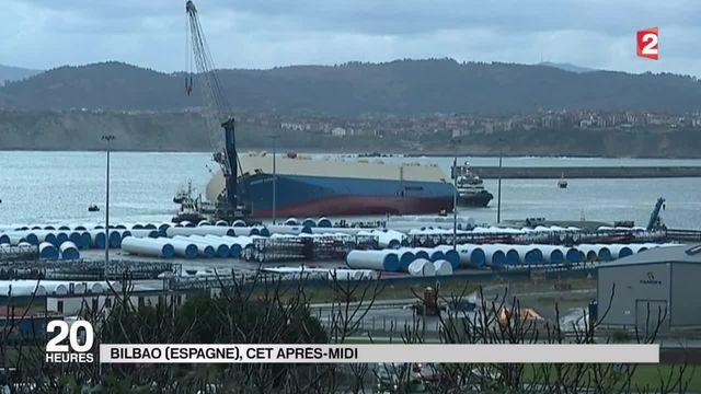 """Dérive du """"Modern Express"""" : le cargo est amarré dans le port de Bilbao"""