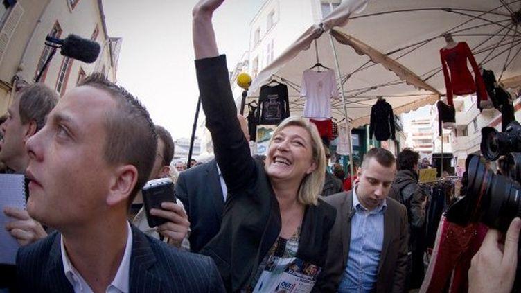 A Meaux, samedi 24 mars, la venue Marine Le Pen a été perturbée par des militants de gauche. (JOEL SAGET / AFP)