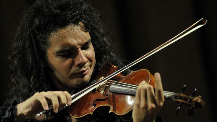 Nemanja Radulovic dans l'Auditorium Cziffra lors du46e Festival la Chaise-Dieu,  (PHOTOPQR/LA MONTAGNE)