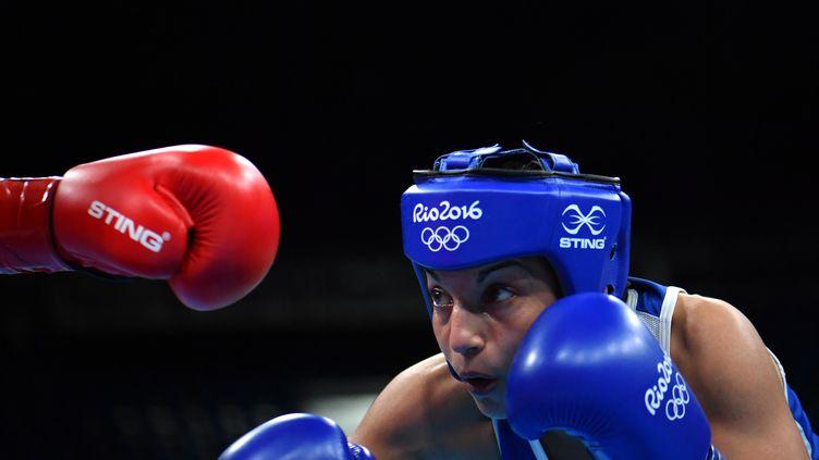 La boxeuse française Sarah Ourahmoune accède à la finale olympique de Rio chez les -51 kg (YURI CORTEZ / AFP)