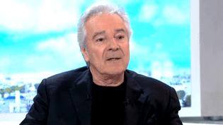 Pierre Arditi sur le plateau des Cinq dernières minutes de France 2.  (France 2)