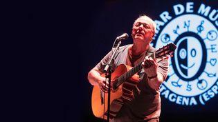 Le chanteur et guitariste brésilien Toquinho en concert le 25 juillet 2019 à Carthagène, en Espagne, au festival La Mar de Músicas (MARCIAL GUILLEN / EFE / MaxPPP)