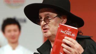 Le chef savoyard Marc Veyrat lors d'une cérémonie du Guide Michelin à La Seine Musicale, à Boulogne-Billancourt (Hauts-de-Seine), le 5 février 2018. (JACQUES DEMARTHON / AFP)