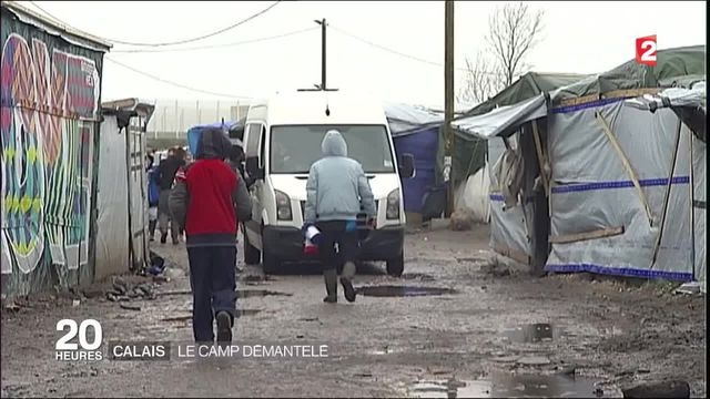 Jungle de Calais : l'évacuation aura bien lieu