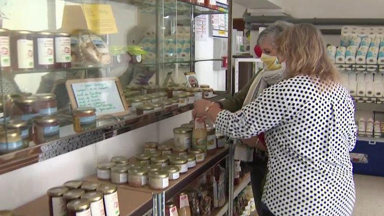 Haute-Loire : une épicerie redonne vie au village (CAPTURE D'ÉCRAN FRANCE 3)
