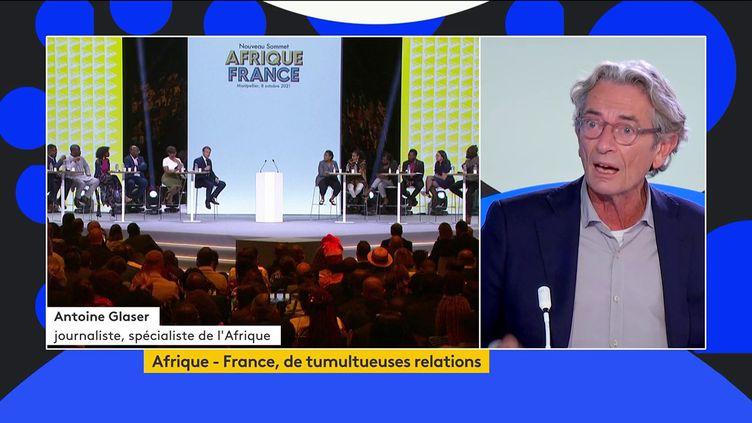 """""""L'Afrique pèse énormément dans la diplomatie d'influence de la France"""", estime le spécialiste Antoine Glaser (FRANCEINFO)"""