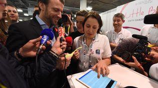 Emmanuel Macron, alors ministre de l'Economie, à Las Vegas (Etats-Unis), le 7 janvier 2015. (ROBYN BECK / AFP)