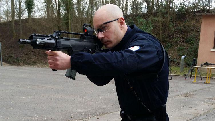 (Le HK G36, nouvelle arme de la BAC © RF / Olivier Boy)