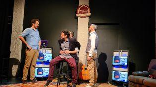 """Les comédiens de """"Dernier Show avant la fin du monde"""" sur la scène de l'Improvidence et en streaming de l'ImprOnLive (L'Improvidence)"""