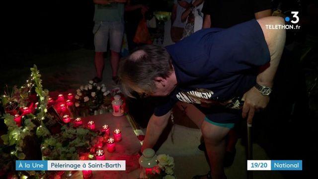 Johnny Hallyday : deux ans après sa mort, les fans se recueillent à Saint-Barth