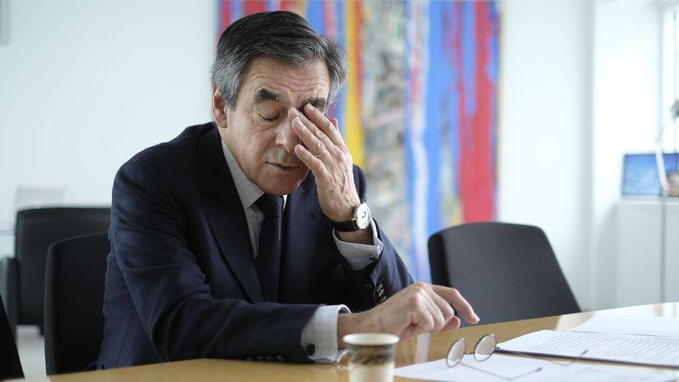 François Fillon, le 28 janvier 2017, dans les locaux de son QG de campagne, à Paris. (ERIC DESSONS / JDD / SIPA)