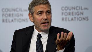 George Clooneydevant le Council on Foreign Relations, un groupe de réflexion sur la politique étrangère, à New York (Etats-Unis), le 13 mars 2012. (DON EMMERT / AFP)