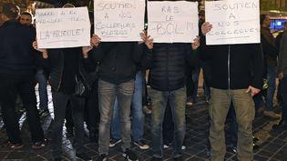 Manifestation de policiers à Toulouse le 19 octobre 2016 (ERIC CABANIS / AFP)