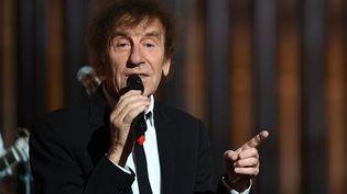 Alain Souchon sur la scène des Victoires de la Musique, le 14 février 2020. (ALAIN JOCARD / AFP)