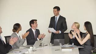 Les patrons qui décident de partager leur salaire avec leurs employés sont encore rares. (ERIC AUDRAS / MAXPPP)