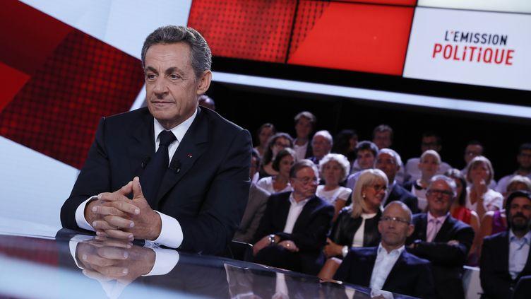 """Nicolas Sarkozy sur le plateau de """"L'Emission politique"""" de France 2, jeudi 15 septembre 2016. (THOMAS SAMSON / AFP)"""