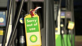 Royaume-Uni : le pays subit une pénurie d'essence (FRANCE 2)