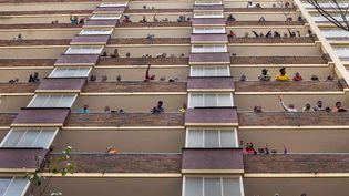 Immeubles dans lequartier déshérité de Hillbrow. (JEROME DELAY / AP / SIPA)
