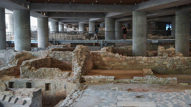 Pour ses 10 ans, le musée de l'Acropole présente de nouveaux vestiges d'Athènes, 21 juin 2019 (LOUISA GOULIAMAKI / AFP)