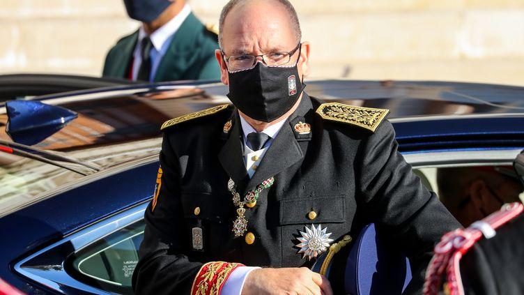 Le Prince AlbertII de Monacoavait contracté le Covid-19 mi-mars, mais n'avait souffert que de légers symptômes. (VALERY HACHE / AFP)