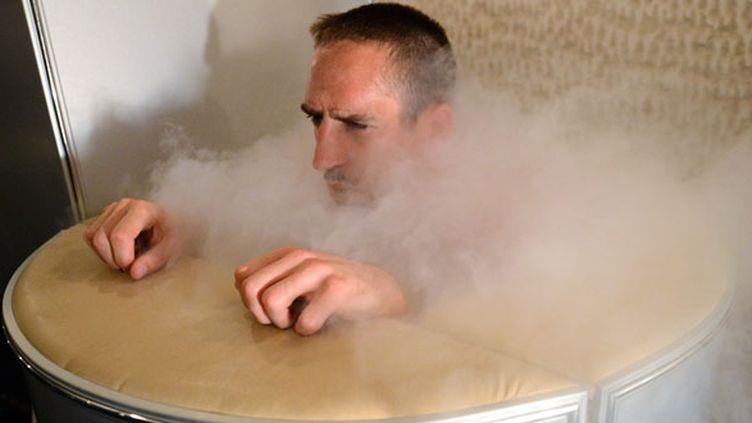 La fameuse photo Franck Ribéry en train de faire une séance de cryothérapie durant l'Euro 2012