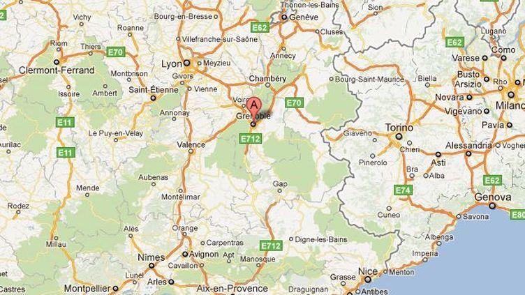 L'incident s'est déroulé à Grenoble dans la nuit du samedi 12 au dimanche 13 novembre 2011. (Capture GoogleMap / FTVi)