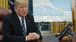 Donald Trump s'adresse à la presse depuis la Maison Blanche, à Washington (Etats-Unis), le 11 septembre 2018. (CHRIS KLEPONIS / CONSOLIDATED NEWS PHOTOS / AFP)