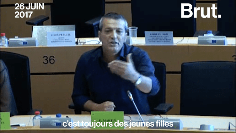 En commission au Parlement européen, Édouard Martin, eurodéputé socialiste, a indiqué vouloir imposer des sanctions en cas de propos sexistes, misogynes et non-égalitaires. (Brut)
