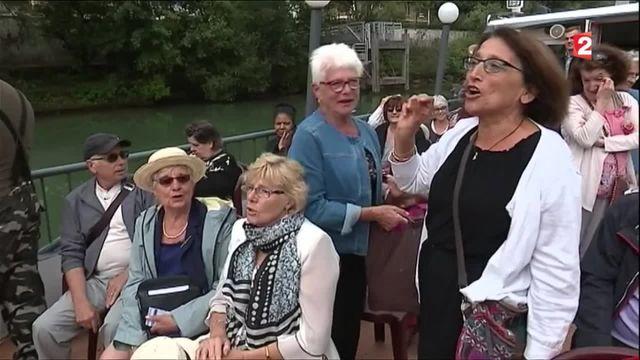 Solidarité : croisière sur la Marne, l'initiative du Secours populaire pour venir en aide aux seniors