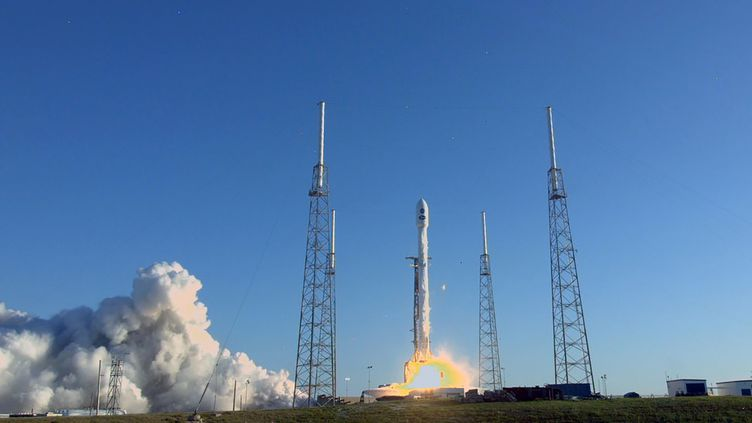 La fusée transportant lenouveau télescope spatial Tess décolle depuis cap Canaveral (Floride, Etats-Unis), le 18 avril 2018. (NASA TV / NASA TV AFP)