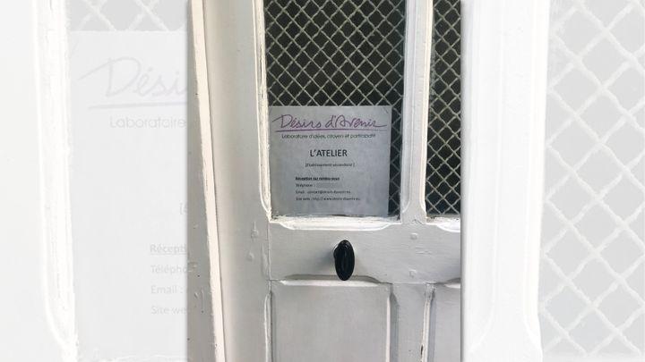 Le siège de Désirs d'avenir, dans le 3e arrondissement de Paris. (SYLVAIN TRONCHET/RADIO FRANCE)
