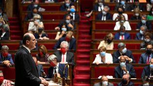 Le Premier ministre Jean Castex dans l'hémicycle de l'Assemblée nationale, lors de son discours de politique générale le 15 juillet 2020 (MARTIN BUREAU / AFP)