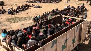 Les irakiens déplacés qui fuientles combats de Mossoul ouest, Irak, le 28 février 2017 (ZOHRA BENSEMRA / REUTERS)