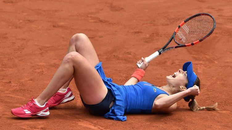Le bonheur renversant d'Alizé Cornet (PASCAL GUYOT / AFP)
