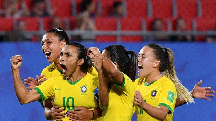 La Brésilienne Marta est devenue la meilleure buteuse de l'histoire de la Coupe du monde. (PHILIPPE HUGUEN / AFP)