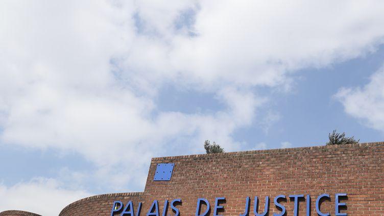 Le tribunal de Bobigny (Seine-Saint-Denis), le 27 mars 2019. (KENZO TRIBOUILLARD / AFP)