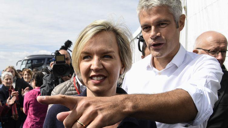 Laurent Wauquiez, le président des Républicains, et Virginie Calmels, l'ex-numéro 2 du parti, le 3 septembre 2017 en Haute-Loire. (PHILIPPE DESMAZES / AFP)