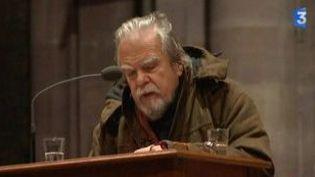 Michael Lonsdale, un homme, des dieux et le public à la cathédrale de Strasbourg  (Culturebox)
