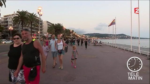Attentat de Nice : la ville toujours sous le choc