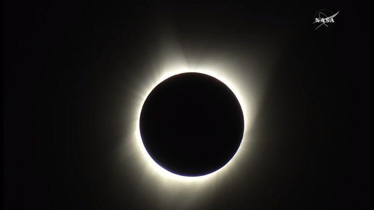 L'éclipse solaire totale vue depuis la côte Ouest des Etats-Unis, le 21 août 2017. (NASA)