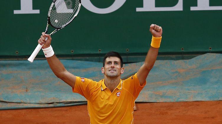 Le Serbe Novak Djokovic remportela finale du tournoi ATP de Monte-Carlo (Monaco), le 19 avril 2015. (VALERY HACHE / AFP)