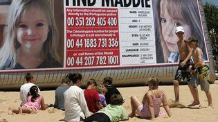 Des avis de recherche pour retrouver la petite Maddie avaient été placardés sur les plages portugaises en 2007. (HUGO CORREIA / REUTERS )