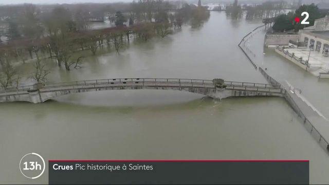 Inondations : les habitants de Saintes s'organisent face à une crue historique